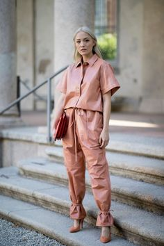 The Best Street Style Looks From Milan Fashion Week Spring 2020 - Minimal - Women - Street Milan Fashion Week Street Style, Street Style Trends, Fashion Week Paris, Milan Fashion Weeks, Cool Street Fashion, Spring Fashion, Winter Fashion, Best Street Style, Street Style Outfits