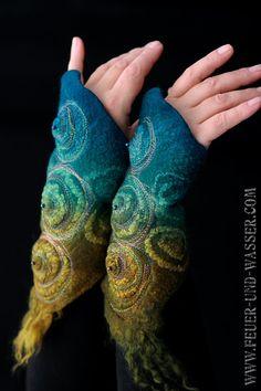 Felted Cuffs Felted gloves wool fingerless par FeuerUndWasser