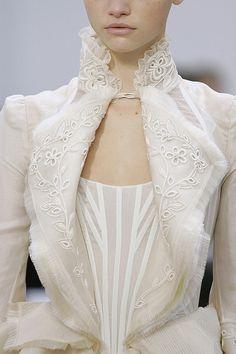 Balenciaga Ready To Wear Spring 2006 - Details