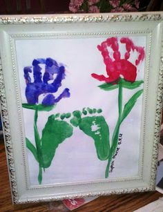 DIY gift idea for Mother's or Father's Day: Child's Craft - Hand & Foot Print Flowers Baby Crafts, Cute Crafts, Toddler Crafts, Crafts To Do, Crafts For Kids, Arts And Crafts, Craft Activities, Preschool Crafts, Spring Crafts