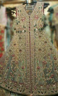 Pakistani Dresses Party, Beautiful Pakistani Dresses, Walima Dress, Pakistani Wedding Outfits, Pakistani Bridal Dresses, Pakistani Dress Design, Party Wear Dresses, Bridal Outfits, Indian Dresses