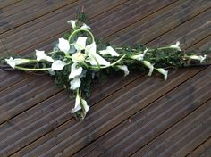 Cross funeral flowers, white rose and white calla lily funeral cross, wicker fun… - Modern Red Bouquet Wedding, Red Wedding Flowers, Bridesmaid Flowers, Funeral Flower Arrangements, Funeral Flowers, Flowers For Men, Funeral Sprays, Flower Background Wallpaper, Funeral Tributes