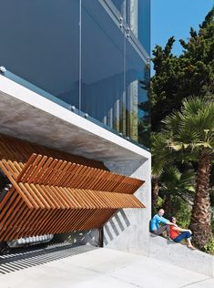 Dwell - Striking Slatted Wood and Glass Home in San Francisco