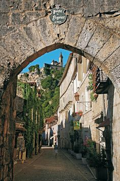 Rocamadour, France stunning village had a  Wonderful time exploring the street here.