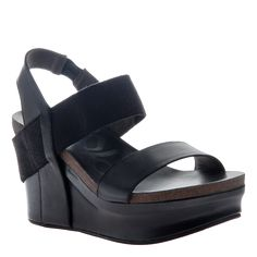 Thick strapped platform with just enough stretch in that slingback to keep you comfortable no matter where your day may take you. From funky Lime to polished Go