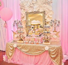 34 Best Wedding Table Display Ideas That Make Beauty Your Party - weddingtopia Princess Theme Party, Baby Shower Princess, Princess Birthday, Pink Gold Party, Pink And Gold, Bar Deco, Gold Birthday, Giraffe Birthday, Birthday Table