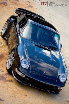 doyoulikevintage: 911 porsche 993 Porsche 911, Porsche Sports Car, My Dream Car, Dream Cars, Ruf Automobile, Volkswagen, Train Truck, Turbo S, Car Engine
