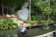 """Valentine Stone and Sivatara Waterfall. Valentine Stone makes a great """"day trip"""" and sits in a park which is around one kilometer before the town of Lamai.  The park itself has a waterfall, a viewpoint and the 'Stone' all in one area. http://www.thailandholidayhomes.co.uk/koh-samui/attractions/valentine-stone-and-sivatara-waterfall.html"""