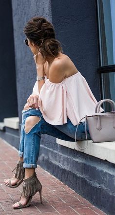 Off the shoulder + fringe.