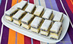 Prăjitură de casă cu mac și cremă de vanilie - rețeta cu blaturi din albușuri   Savori Urbane Sweet Desserts, Waffles, Cheesecake, Deserts, Food And Drink, Cooking, Breakfast, Anna, Cakes