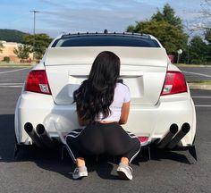 Every man wants both! Mädchen In Leggings, Car Poses, Custom Chevy Trucks, Biker Girl, Sexy Jeans, Jdm Cars, Car Girls, Car Wallpapers, Girls Jeans