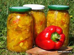 Robiliście już przetwory z kabaczka?? Jeśli nie, to ja polecam taką sałatkę na zimę... jest kolorowa i pyszna:  http://www.smaczny.pl/przepis,salatka_z_kabaczka_i_kolorowej_papryki  #przepisy #przetwory #kabaczek #papryka #warzywa #lato #cebula #kurkuma #ocet