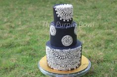Royale - Cake by The purple bowl
