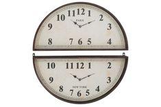 Horloge murale orginale design de J-line by Jolipa | KOTECAZ #décoration #déco #design #original #horloge Deco Originale, New Paris, Clock, Ivoire, Metal, Home Decor, Design, Black Metal, Brown