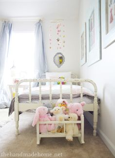 girls vintage bedroom