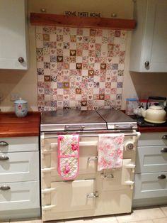 Welbeck vintage patchwork tiles. Everhot. Patchwork Tiles, Retro Appliances, Storybook Cottage, Kitchen Wall Tiles, Granny Chic, Splashback, New Kitchen, Kitchen Ideas, Cottage Chic
