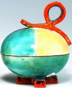 Deckeldöschen, um 1925 Rix, Kitty - Wiener Werkstätte Biscuit, Glass Art, Designers, Eggs, Kitty, Artists, Christmas Ornaments, Female, Holiday Decor