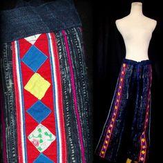 Vtg 60s Boho Hippie Festival Pants M/L/XL Patchwork Indigo Ethnic Print Burlap #vtg #60s #1960s #BohoHippieFestival #Handmade #EthnicBurlapPants #m/l/xl #DrawstringWaist #patchwork #quilted #bright #embroidered #IndigoBlue #unique #bohemian #casual #SummerBeach #MothballHavenVintageThreads