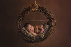 """So as a newborn photographer, ensuring baby safety is paramount. We are entrusted with these precious tiny people to capture them in their littlest and fragile form. I recently purchased a """"Grapevine Hanging Hammock Prop"""" from Woodsy Wondersin the USA. I love Barb's props as they are quite unique and not something we easily get here in Australia. To use this prop safely the baby must NEVER be photographed while the prop is actually hanging. The final image is made up of two i..."""