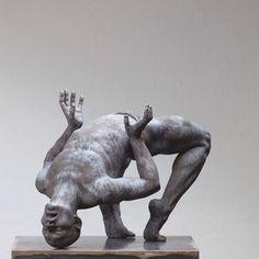 Human Sculpture, Art Sculpture, Rodin, Contemporary Sculpture, Contemporary Art, Sculpture Romaine, Art Optical, Oeuvre D'art, Clay Art