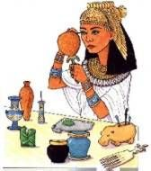 Both men and women wore blue and green eyeshadow and black eyeliner. Using a highly-polished bronze hand mirror, a woman would apply khol, a black dye kept in a jar or pot, to line her eyes and eyebro Egyptian Fashion, Egyptian Women, Egyptian Art, Ancient Egyptian Costume, Egyptian Drawings, Green Eyeshadow, Mystery Of History, Ancient Beauty, Black Eyeliner