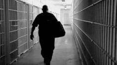 Kemenkum HAM Beri Remisi Kepada 464 Narapidana di Jakarta : Sebanyak 464 orang narapidana di Lembaga Pemasyarakatan Cipinang Rutan Pondok Bambu dan Rutan Salemba DKI Jakarta mendapatkan pengurangan masa tahanan atau remisi kh