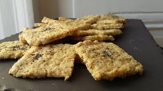 Crackers apéro aux flocons d'avoine / sans gluten - C secrets gourmands - The Best iPhone, Samsung, ios and android Wallpapers & Backgrounds Mexican Food Recipes, Cookie Recipes, Meat Recipes, Gluten Free Recipes, Low Carb Recipes, Tapenade, Brunch Recipes, Snack Recipes, Snacks