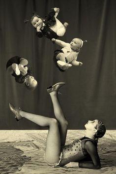 Une maman qui connaît l'art de jongler avec ses obligations parentales... =;o)