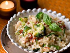 Risotto with dried tomatoes and broccoli Risotto Rice, I Love Food, Good Food, Cereal Recipes, Dried Tomatoes, Food Dishes, Pasta Recipes, Food Porn, Risotto