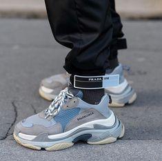 outlet store 59ffc 7fd89 Follow  XxSneakerHeadsxX for more poppin pins. Sneaker Heads