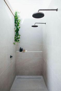 Minimal Bathroom Decor Ideas - The Architects Diary Bathroom Plants, Bathroom Renos, Bathroom Renovations, Bathroom Showers, Skylight Bathroom, Shower Over Bath, Double Shower, Neutral Bathroom, Master Shower