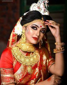 Indian Wedding Bride, Bengali Wedding, Bengali Bride, Indian Wedding Outfits, Indian Weddings, Hindu Weddings, South Indian Bridal Jewellery, Indian Bridal Photos, Indian Bridal Fashion