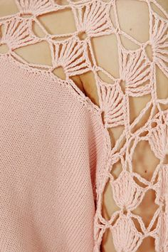 maybe a refashion, like she suggests. Outstanding Crochet: Pullover from Barberry London. Crochet Blouse, Crochet Motif, Crochet Stitches, Crochet Baby, Knit Crochet, Crochet Clothes, Diy Clothes, Knitting Patterns, Crochet Patterns
