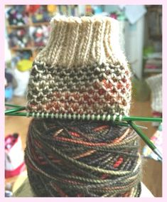 THREADS & YARNS (KNITTING) - Broken Seed Stitch - would make a super cute cowl ! [Broken Seed Stitch Pattern (over an even number of stitches) (single-color yarn): knit; Knitting Stitches, Knitting Patterns Free, Knit Patterns, Free Knitting, Knitting Socks, Knitted Socks Free Pattern, Mittens Pattern, Knitting Tutorials, Beanie Pattern