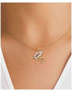 Jewelry Design Earrings, Gold Earrings Designs, Necklace Designs, Pendant Jewelry, Jewelry Findings, Pendant Necklace, Antique Jewellery Designs, Fancy Jewellery, Gold Jewellery Design