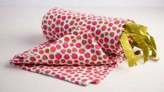Craftdrawer Crafts: Learn How to Sew a Sleeping Bag Out of a Duvet Cover Using…