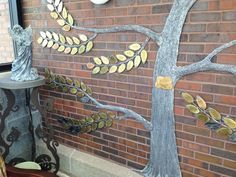 Sparrow Hospice tree detail.