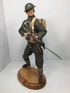 1-6-SIDESHOW-US-2ND-DIV-DOUGHBOY-1903-SPRINGFIELD-STAND-WW1-DRAGON-BBI-DID
