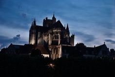 Auxerre by night (Yonne 89) by Katarzyna Nowak #Yonne #Burgundy #Medieval #France