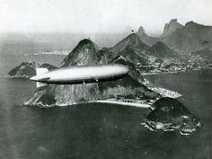 Zeppelin sobre a Baía da Guanabara, Rio de Janeiro, Brasil.