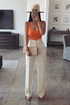 Cute Casual Outfits, Stylish Outfits, Elegant Summer Outfits, Black Pants Outfit Dressy, Classy Chic Outfits, Summer Outfits For Work, White Heels Outfit, Dinner Outfit Classy, Summer Business Outfits