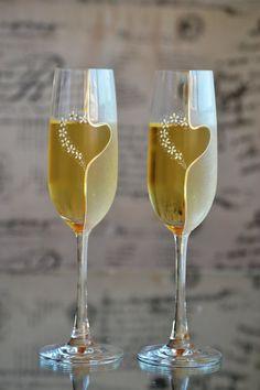 Hand painted toasting glasses wedding champagne от PolinikaGlass