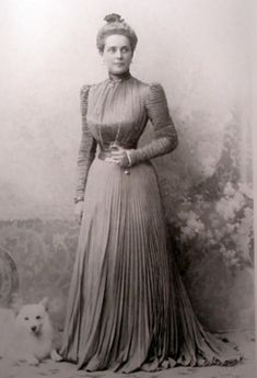 Zenaida of Russia 1890s Fashion, Edwardian Fashion, Vintage Photos Women, Vintage Photographs, House Of Romanov, Historical Women, Imperial Russia, Russian Fashion, Prince And Princess