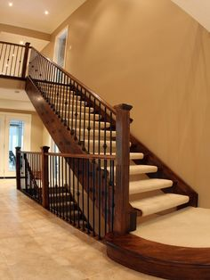 Delicieux St Clements Staircase   Traditional   Staircase   Toronto   Schnarr  Craftsmen Inc
