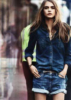 denim and denim | double denim | brunette | city life | urban | fashion editorial | casual | brooke shields look alike | blues