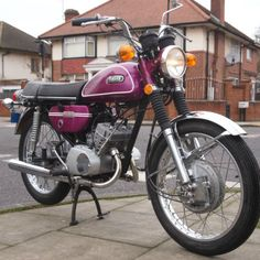 Nice original (1971 Classic Yamaha CS3 for Sale - £2,989.00) at Motorcycles Unlimited