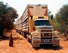 Cool video about road trains in Australia Show Trucks, Mack Trucks, Big Trucks, Trailers, Old Bangers, 4x4 Wheels, Western Star Trucks, Big Girl Toys, Custom Big Rigs