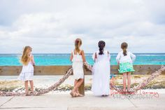 Jackie + Marcus | A Bahamas beach wedding at Tippys | Governor's Harbour, Eleuthera