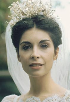 Talia Shire as Connie. Natural beauty. Where the are the natural girls today?