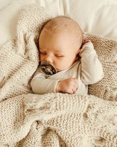 Newborn sleeping in beige long sleeve onesie, wrapped in kn… Solly Baby Sleepers. Newborn sleeping in beige long sleeve onesie, wrapped in knit blanket - Cute Adorable Baby Outfits So Cute Baby, Baby Kind, Mom And Baby, Cute Kids, Cute Babies, Baby Boys, Toddler Boys, Little Babies, Little Ones